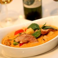 Roast Duck Curry *  - dinner